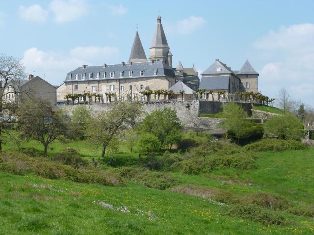 Bénévent l'Abbaye, petite cité de caractère