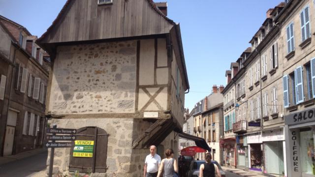 Centre Ville D'aubusson ©adrt Tourisme Creuse, La Creuse