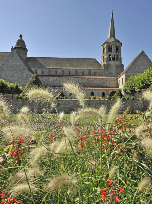 Eglise Evaux Les Bains Paysage