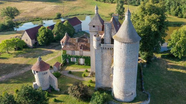 Château de Villemonteix - Vue aérienne